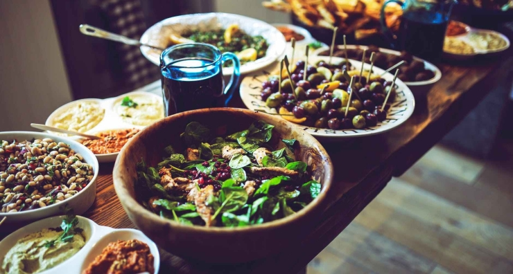 food-salad-healthy-vegetables-e1537143949595.jpg